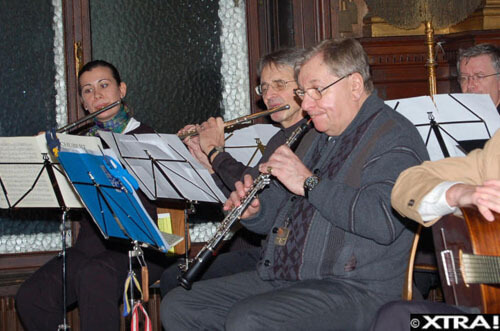 Prof. Alfred Hertel und weitere Musiker
