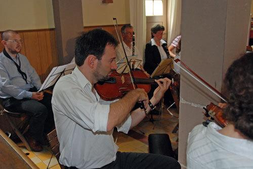 Geiger beim Konzert