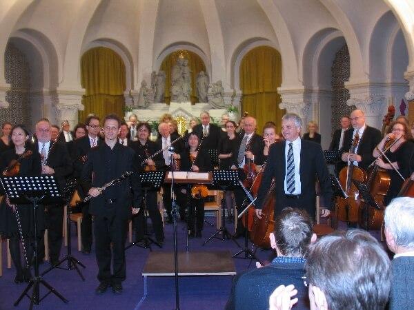 Orchester beim Frühlingskonzert in der Krypta