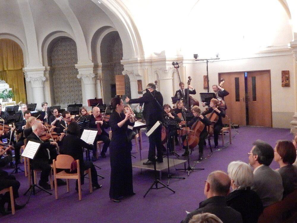 Solistin mit Orchester